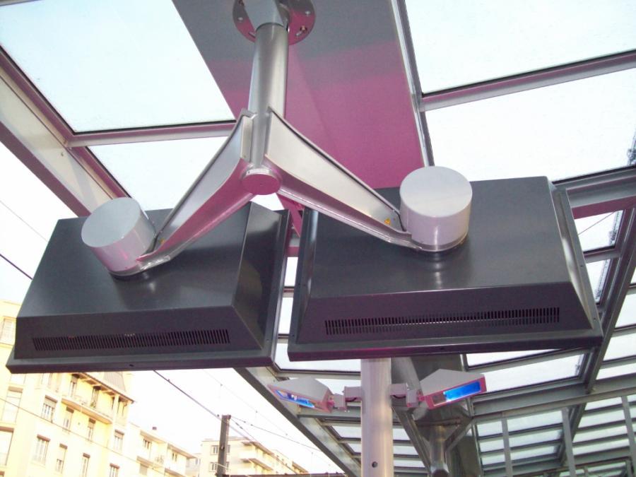 Support écran Gare de Jean-Macé CYRIUS
